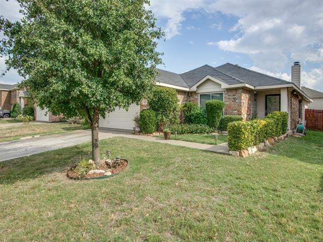 Photo of 325 Allenwood Drive  Fort Worth  TX