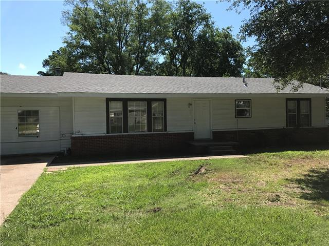 Photo of 1612 Irwin Lane  Sulphur Springs  TX