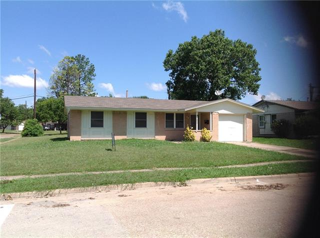 Photo of 3927 Emerald Drive  Mesquite  TX