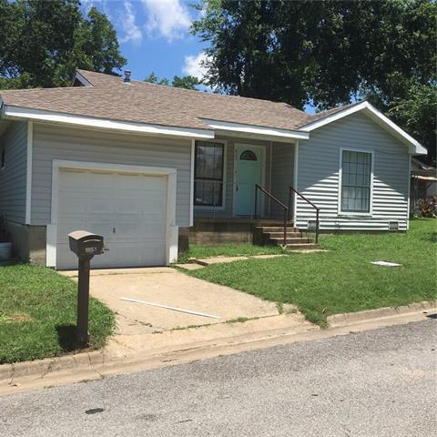 Photo of 405 E Morton Street  Denison  TX