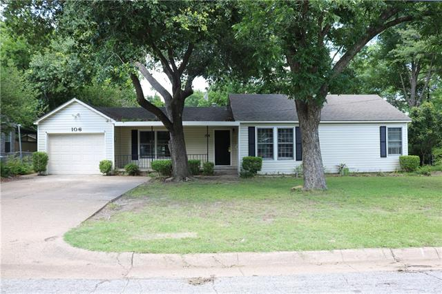 Photo of 106 W Damon Street  Terrell  TX