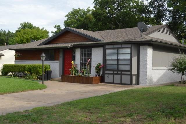 Photo of 518 E Fairmeadows Drive  Duncanville  TX