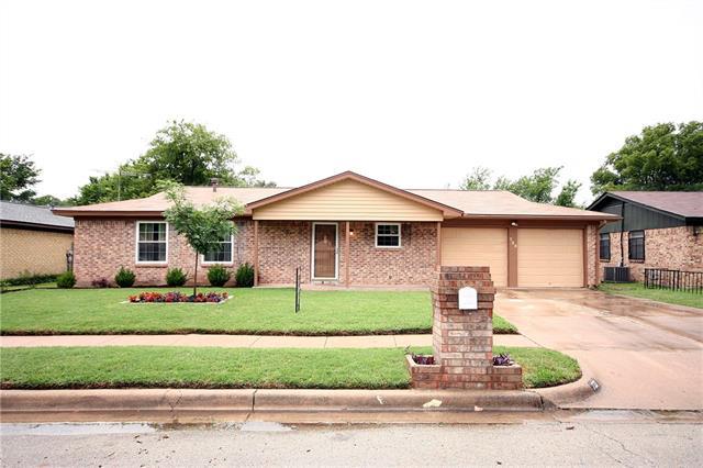 Photo of 733 Cheltenham Drive  Everman  TX