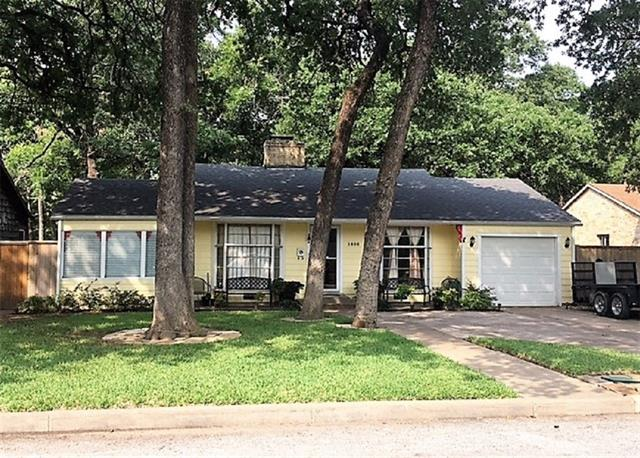 Photo of 1605 Robinwood Drive  Fort Worth  TX