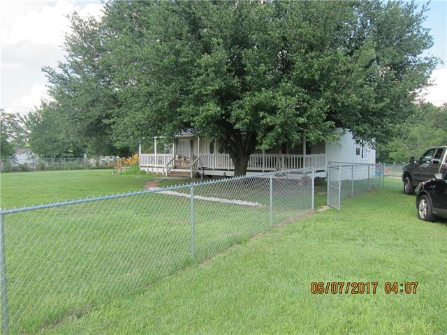 Photo of 13691 County Road 2290  Arp  TX