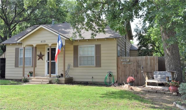 Photo of 409 E Lee Avenue  Weatherford  TX