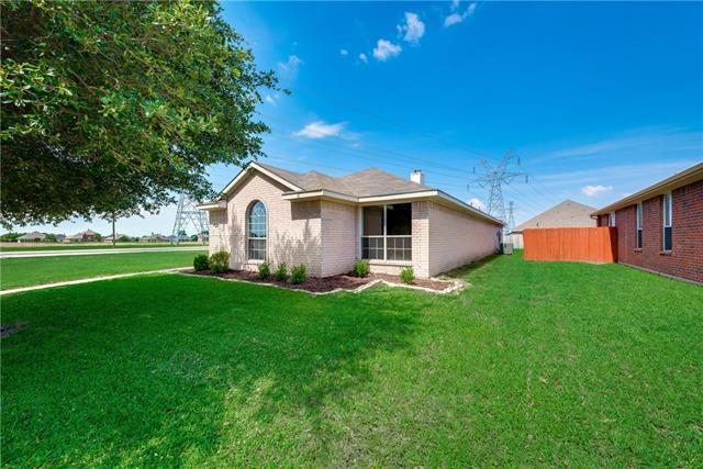 Photo of 203 Piccadilly Circle  Wylie  TX
