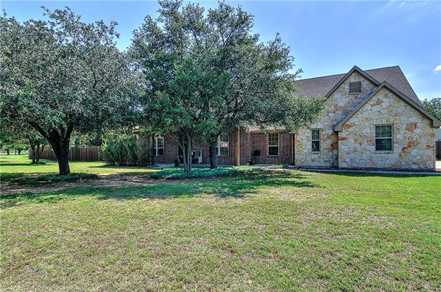 Photo of 225 Pear Tree Lane  Collinsville  TX