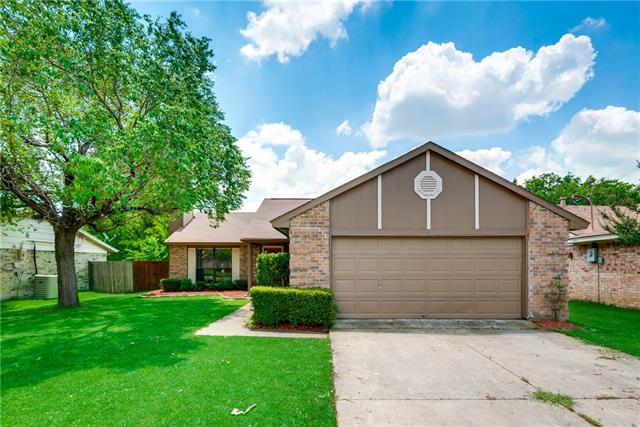 Photo of 705 Redbud Drive  Forney  TX