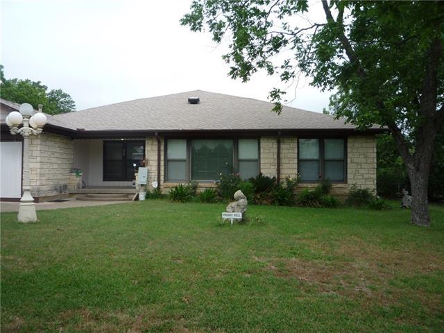 Photo of 630 Hinton Street  Grand Prairie  TX