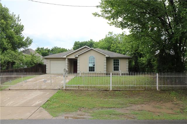 Photo of 309 E Linden Street  Ennis  TX