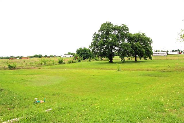 Photo of 4704 County Road 3403  Lone Oak  TX