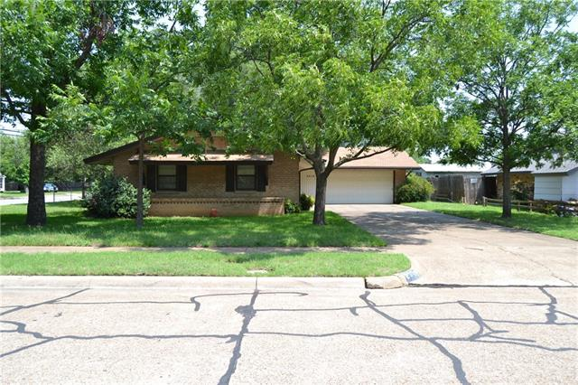Photo of 2319 Greenbrier Drive  Irving  TX