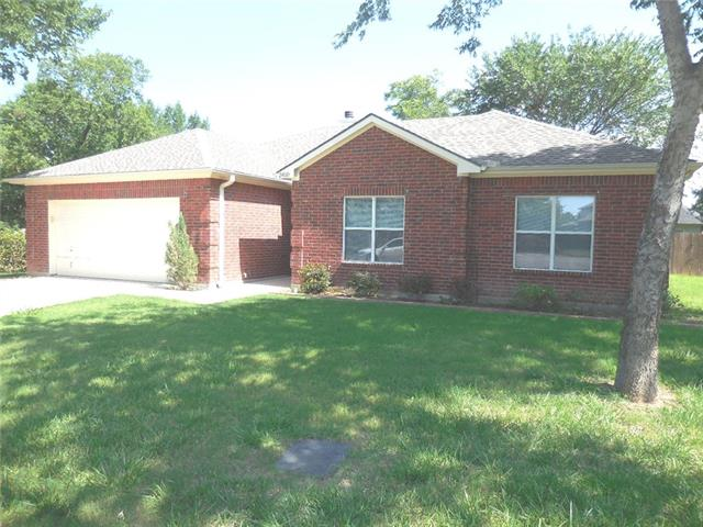Photo of 2410 S Forest Hills  Corinth  TX