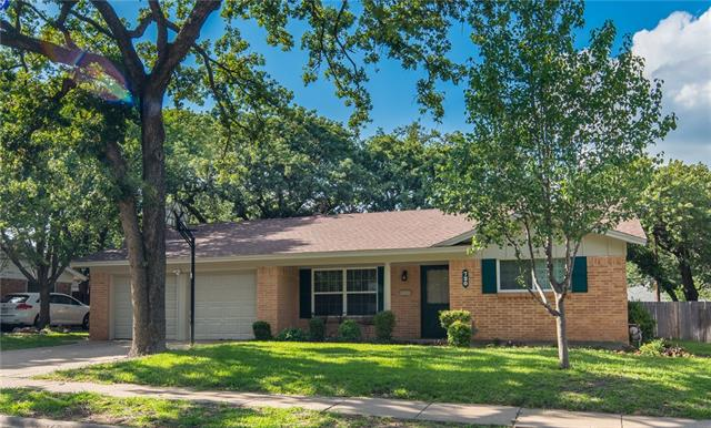 Photo of 720 Bedford Court W  Hurst  TX