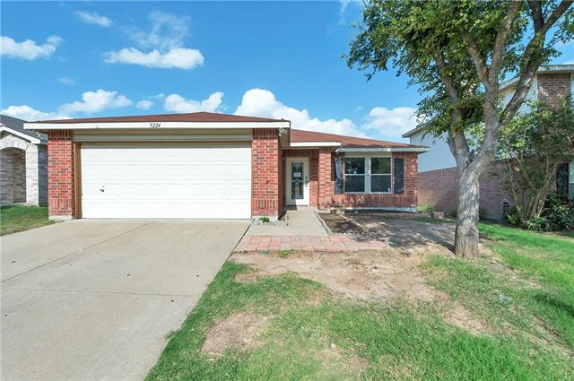 Photo of 5224 Bedfordshire Drive  Fort Worth  TX