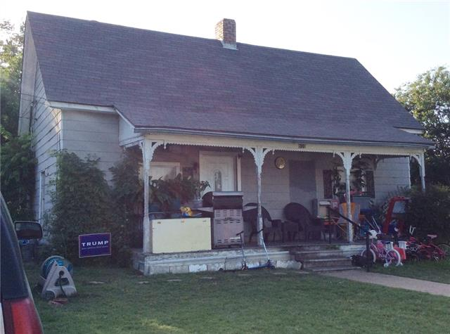 Photo of 809 Williams Street  Waxahachie  TX