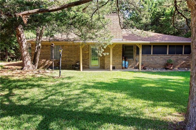 Photo of 531 Shawnee Trail  Whitesboro  TX