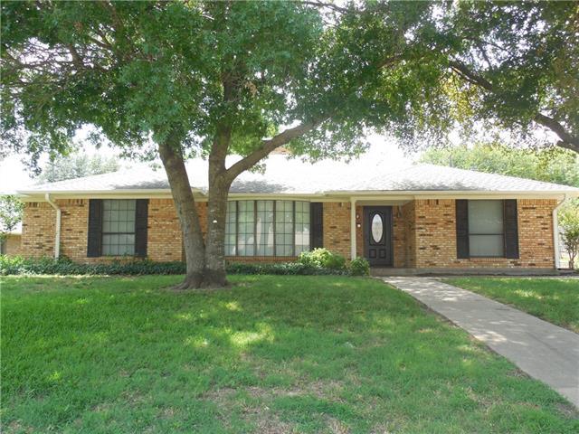 Photo of 502 Castlegate Street  Howe  TX