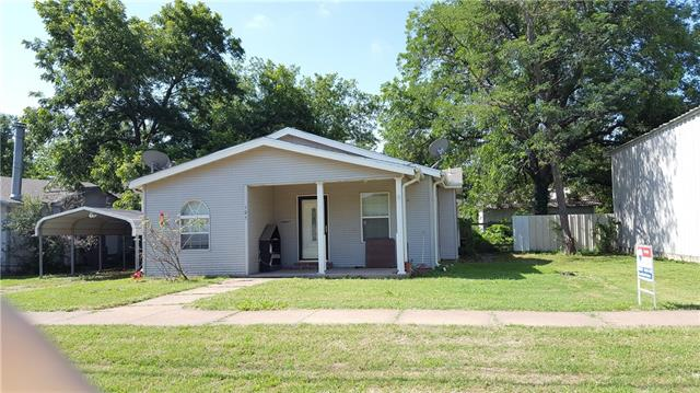 Photo of 105 E Sadosa Street E  Eastland  TX