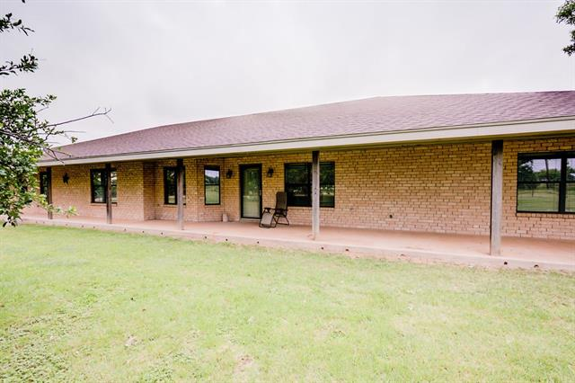 Photo of 1602 County Road 142  Ovalo  TX