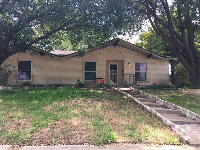 Photo of 1315 Springbrook Street  Mesquite  TX