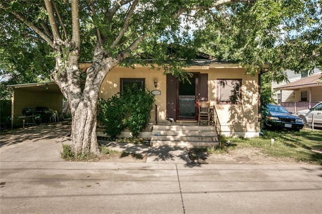 Photo of 105 Burnett Street  Waxahachie  TX