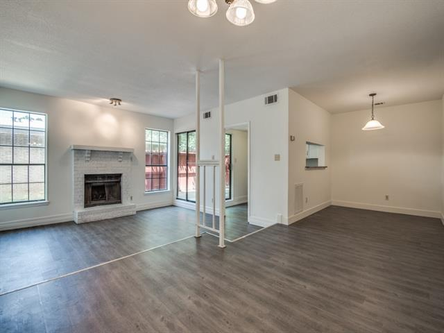 Photo of 939 Turtle Cove  Irving  TX