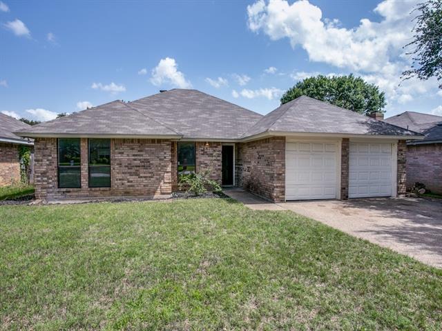 Photo of 3821 Huntwick Drive  Fort Worth  TX