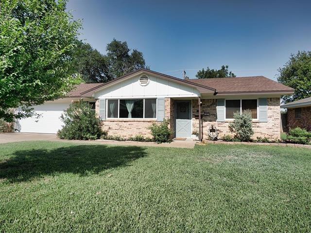 Photo of 507 Yorkshire Drive  Euless  TX