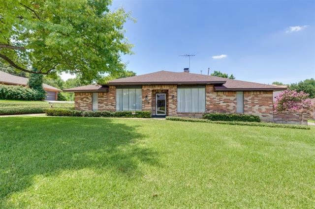 Photo of 4113 Village Green Drive  Irving  TX