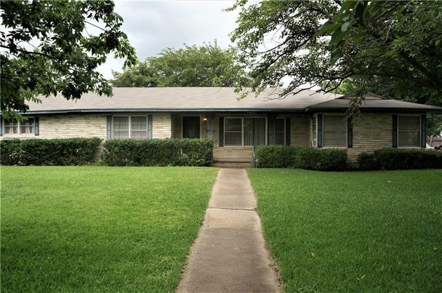 Photo of 403 S College Street  Itasca  TX