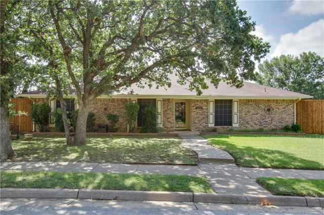 Photo of 937 Edgefield Trail  Flower Mound  TX