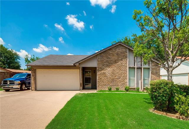 Photo of 4501 Estes Park Road  Haltom City  TX