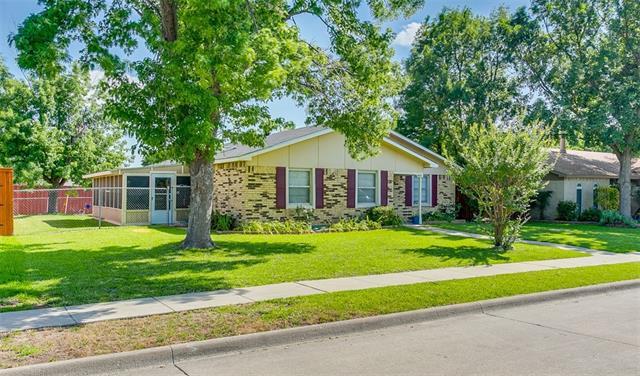Photo of 4848 Alta Oaks Lane  The Colony  TX