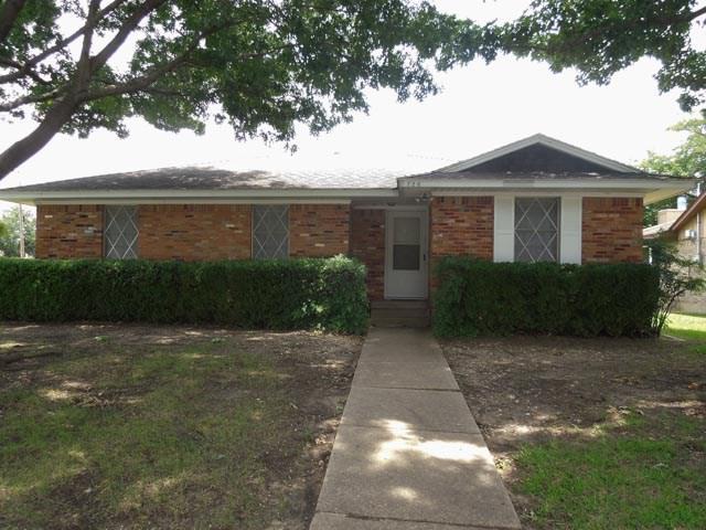 Photo of 726 Walnut Street  Duncanville  TX