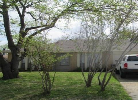 Photo of 2500 Whippoorwill Drive  Mesquite  TX