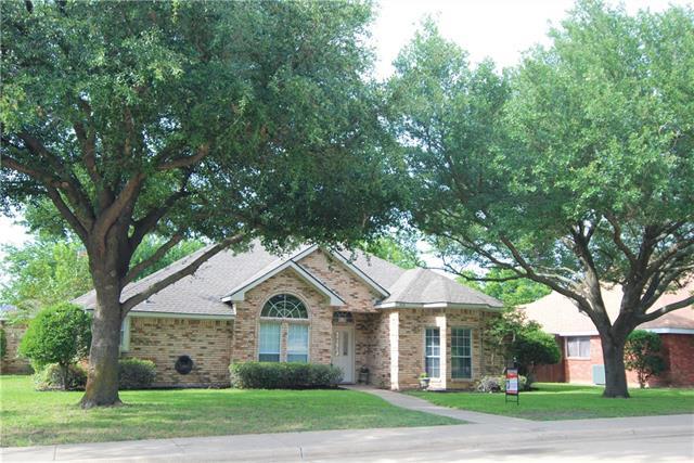 Photo of 509 Windsor Way  Rockwall  TX