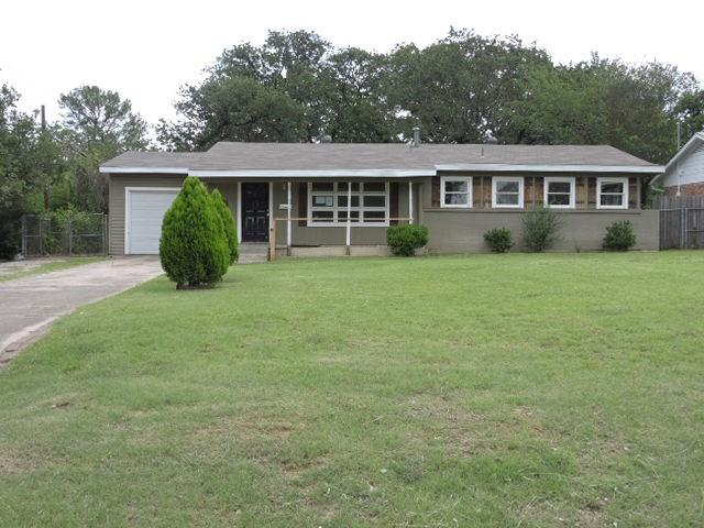 Photo of 1637 Tierney Road  Fort Worth  TX