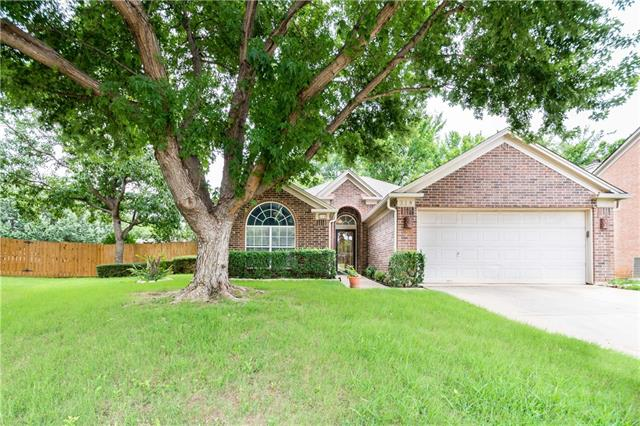 Photo of 318 Branch Bend  Euless  TX