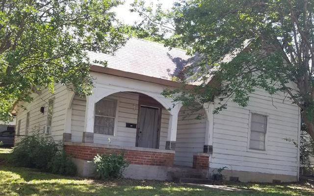 Photo of 1100 S Houston Avenue  Denison  TX