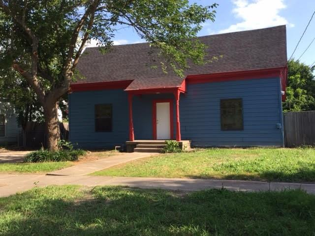 Photo of 804 E Brin Street  Terrell  TX