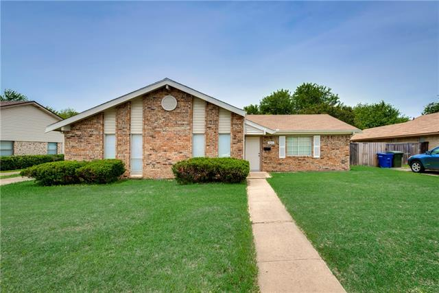 Photo of 2011 Cedarwood Drive  Carrollton  TX