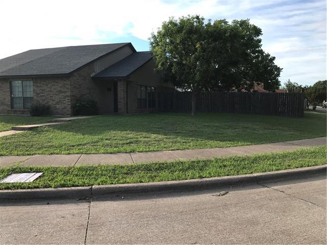Photo of 302 Gregory Lane  Grand Prairie  TX
