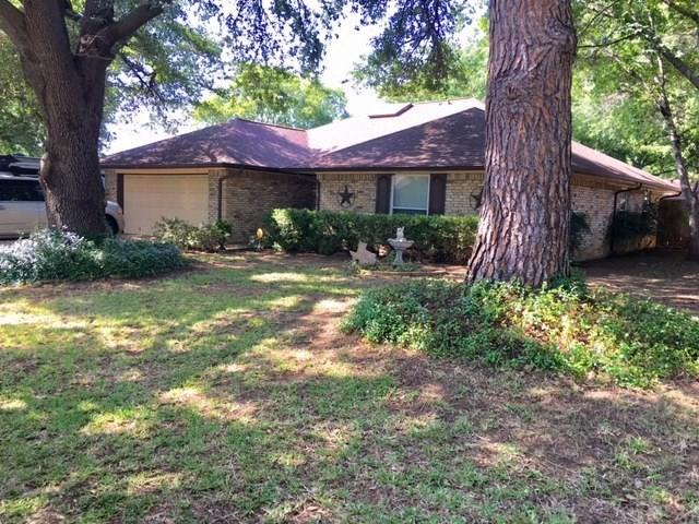 Photo of 1901 Ridgebrook Drive  Arlington  TX