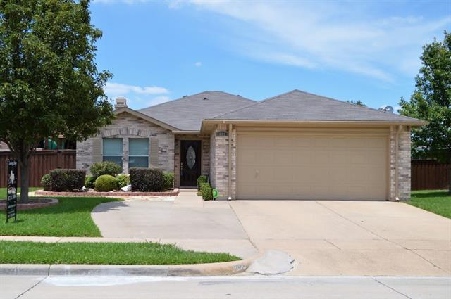 Photo of 909 White Dove Drive  Arlington  TX