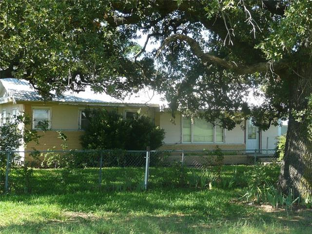 Photo of 220 County Road 4980  Desdemona  TX