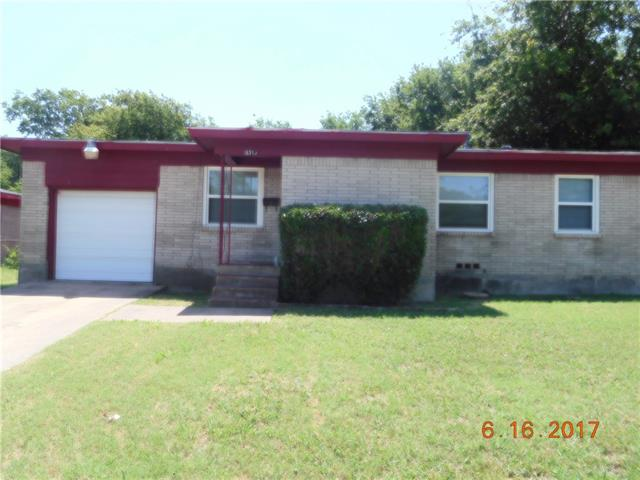 Photo of 5313 Hensley Drive  Fort Worth  TX