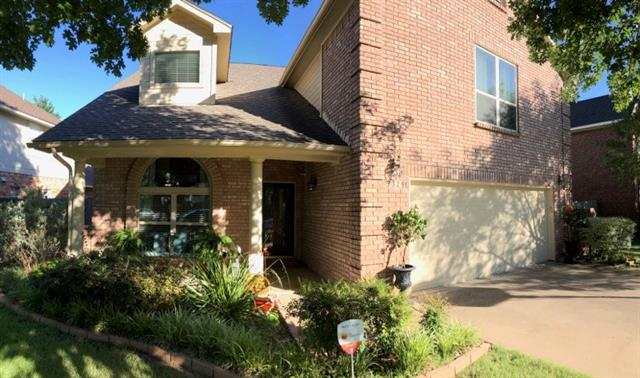 Pool property for sale at 3329 Moss Creek Drive, Grapevine Texas 76051