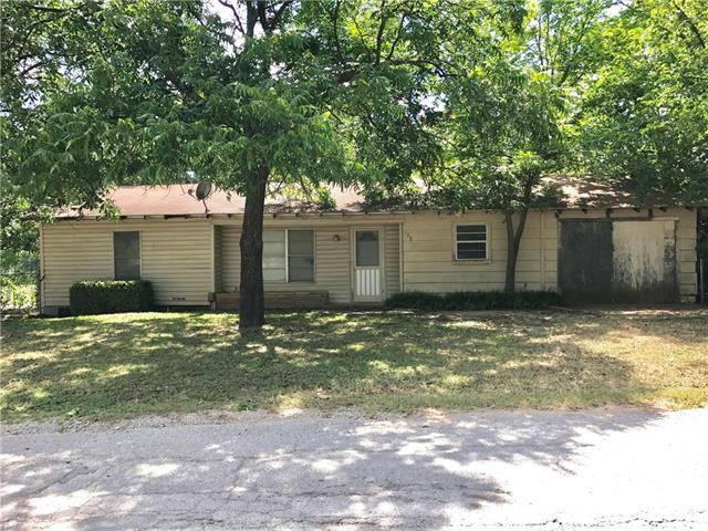 Photo of 106 S Mount Street  Chico  TX